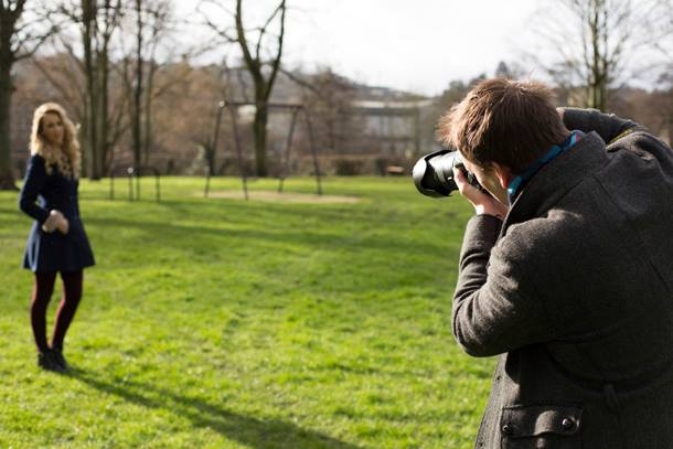 Kaip fotografuoti šviečiant ryškiai saulei?